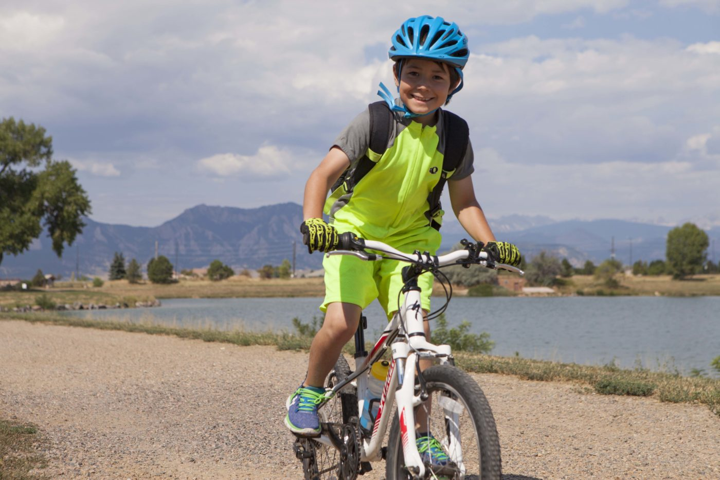 kids mountain biking at summer camp